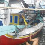 Nelayan Pilih Sikat Perahu