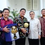 Raih Piala Adiwiyata Mandiri dan Sekolah Berbudaya Lingkungan