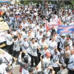 Ribuan Guru Demo Kemenag