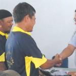 Sopir Angkot Wajib Pakai Seragam