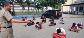 Bolos, 17 Pelajar SMP Diciduk Pol PP