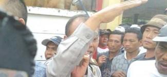 Ditilang, Sopir Truk Sapi Protes