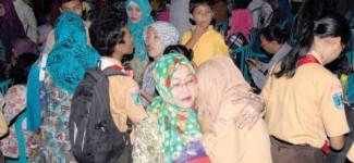 Undang Wali Murid, Peserta MOS Wajib Minta Restu Ibu