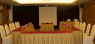 Rapat Evaluasi Anggaran, Wakil Rakyat Boyongan ke Hotel