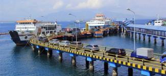 Masuk Pelabuhan Ketapang Bakal Antre Panjang