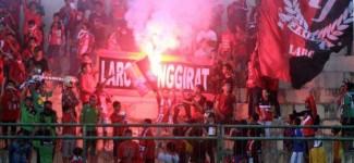 November, Persewangi vs Persebaya di Stadion Diponegoro