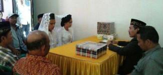 Tersangka Pengeroyokan Menikah di Polsek
