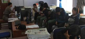 Siang Bolong Mahasiswa Berduaan di Kamar Kos