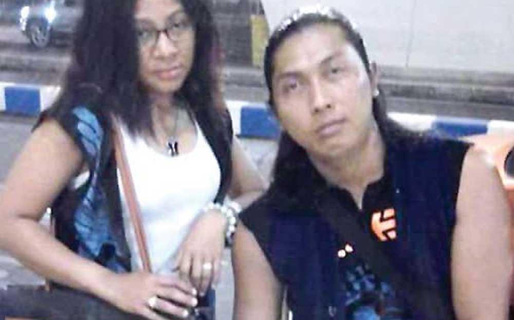 Winoto-dan-istrinya-sebelum-berangkat-ke-Taiwan-di-Bandara-Juanda,-Surabaya,-18-Februari-2016-lalu
